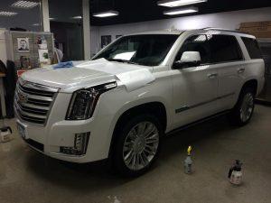 Cadillac Escalade Clear Bra MN5